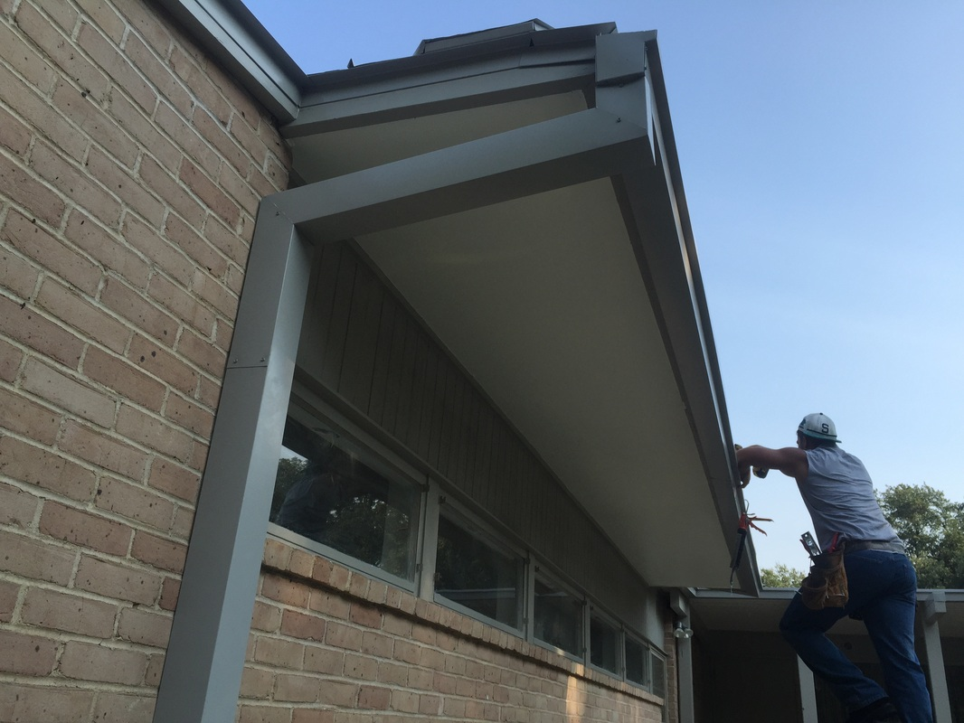 Seamless Rain Gutters Roofing Giant Aluminum Rain